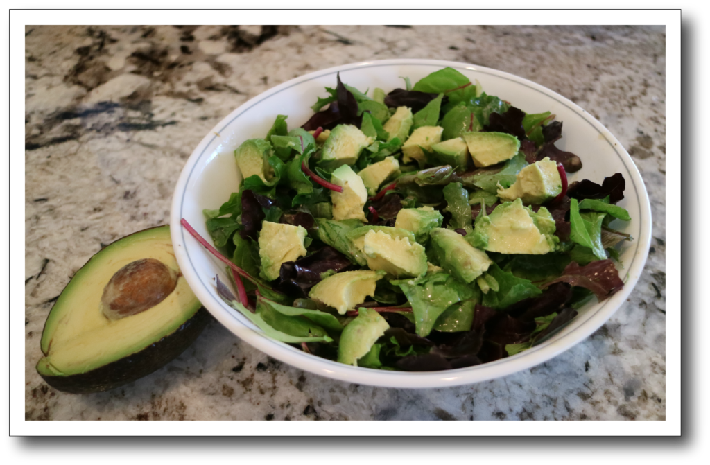 avocado is a health choice for 500-calorie meal